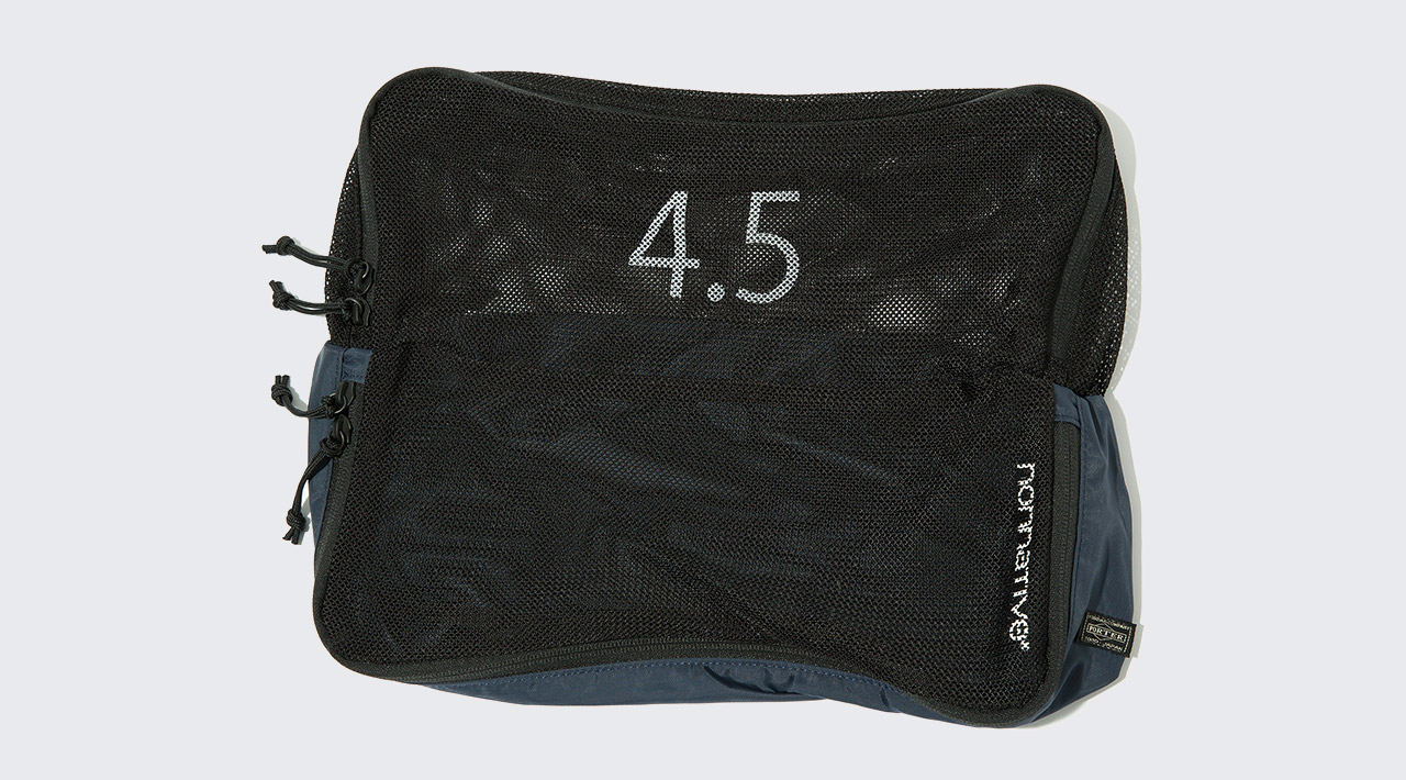 TRAVEL POUCH 4.5