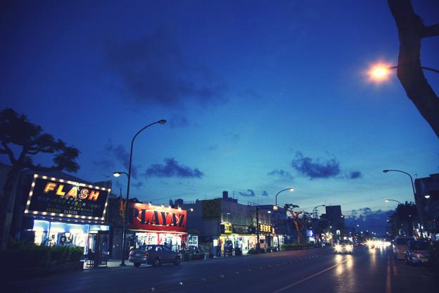 コザの街写真1